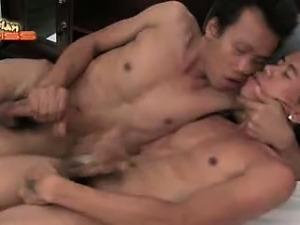Gay Asian Piss 14