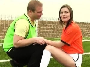 Dutch football player banged by photographer