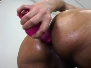 Bigass ts assfucks self with dildo