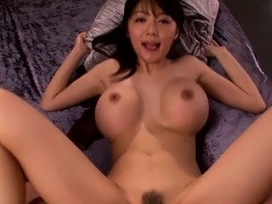 Asian milf Miho Ichiki shows us her creampie