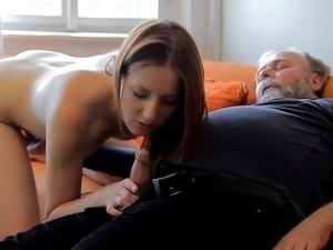 Beautiful young babe gets brave to suck old cock of a guy