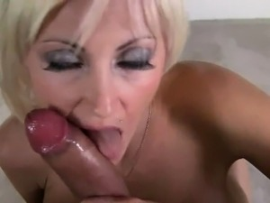 Hot blonde with nice tits loves dick
