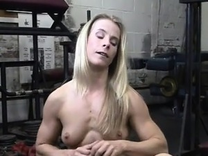Claire\'s Creamy Pussy in the Gym