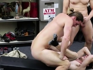 Smart hunk dude receives buttfucked