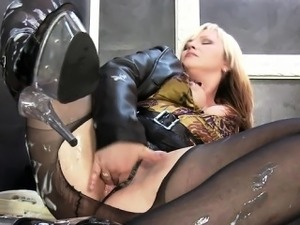 Wet girl blowjob party