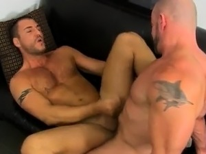 Italian gay sex clips The guy share their oral skills with C