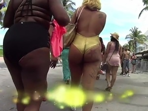 South beach candid booty