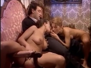 Vintage Threesome Sex