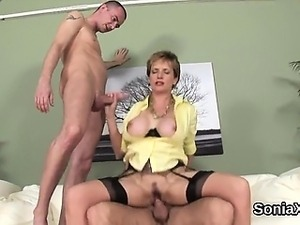 Unfaithful english mature lady sonia reveals her big breasts