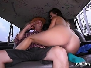 Lovely latina brunette milf Victoria Banxxx with big ass