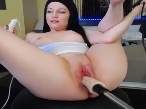BRANDI BELLE fucking machine