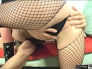 Kinky mom in sexy black lingerie Cortknee tosses a young stud's salad