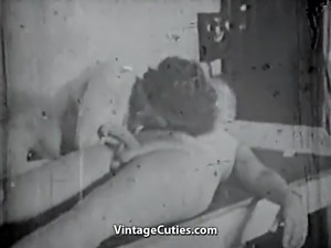 Old Man gets a Blowjob from a Girl (1950s Vintage)