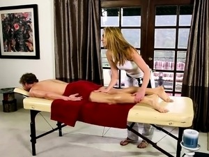 fluent babes on special massage bed