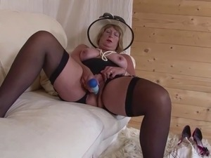 Grannies, Matures, Stockings, Old, Old-cunt, Old-l, Thirsty
