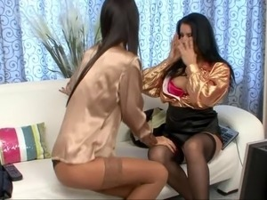 two brunete lesbians
