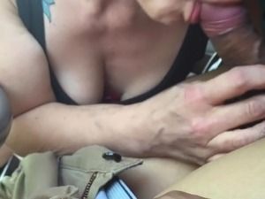Woman gives bj in car