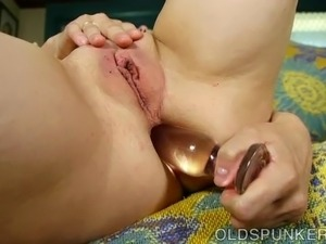 Kinky old anal spunker fucks her tight little asshole 4 U