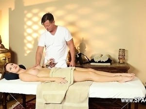 Secret masturbation and bang in special tricky spa