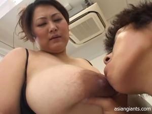 Huge tits Sex Films