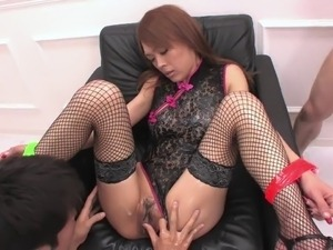 Babe with a soaking wet pussy gets a good fingering