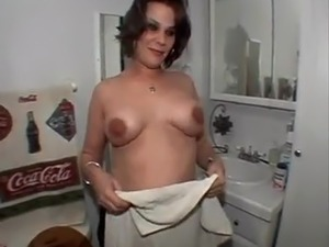wife dance boob