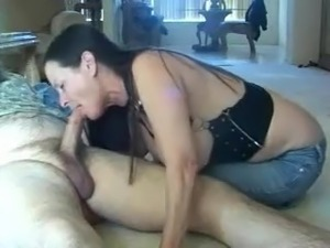 Amateur Big tit s gives BJ