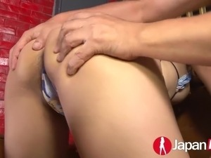 Japanese Milf squirting for bukkake