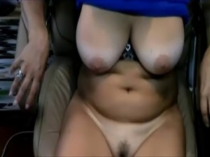 A dominante mistress, mature milf with big boobs, live on webcam Matures,...