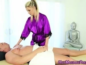Spunky face masseuse lick
