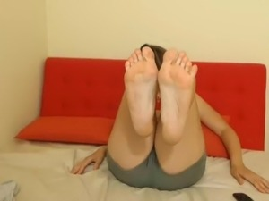 TAN LINE CAM MODEL FEET HOT! NO SOUND