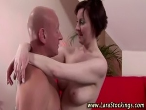 Hot mature brit in stockings gets a hot cumshot free