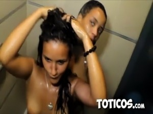 Toticos.com - Partying with Dominican prostitutes in Sosua free