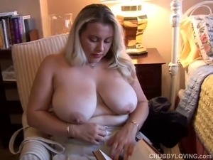 Super cute busty BBW in sexy lingerie plays with her pussy